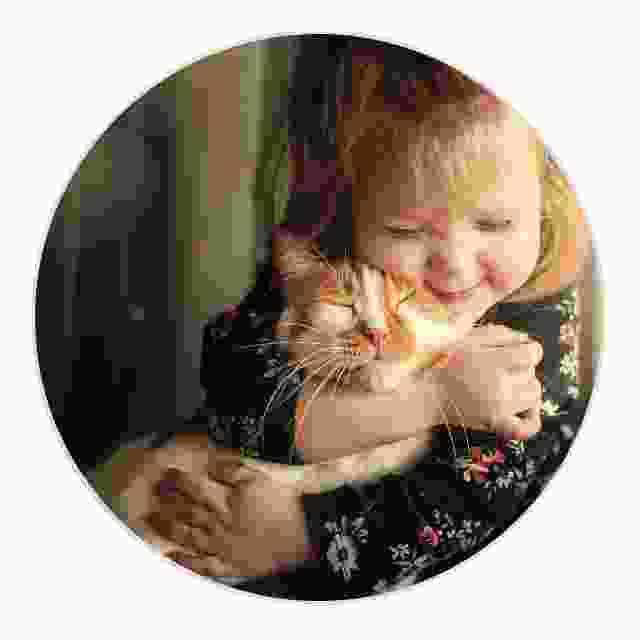 Mors dag fotograferar barn och husdjur